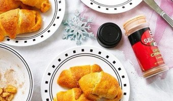 Apple pie crescent rolls, Crescent rolls, dessert, baking,Kids,easy,Christmas,Fruit