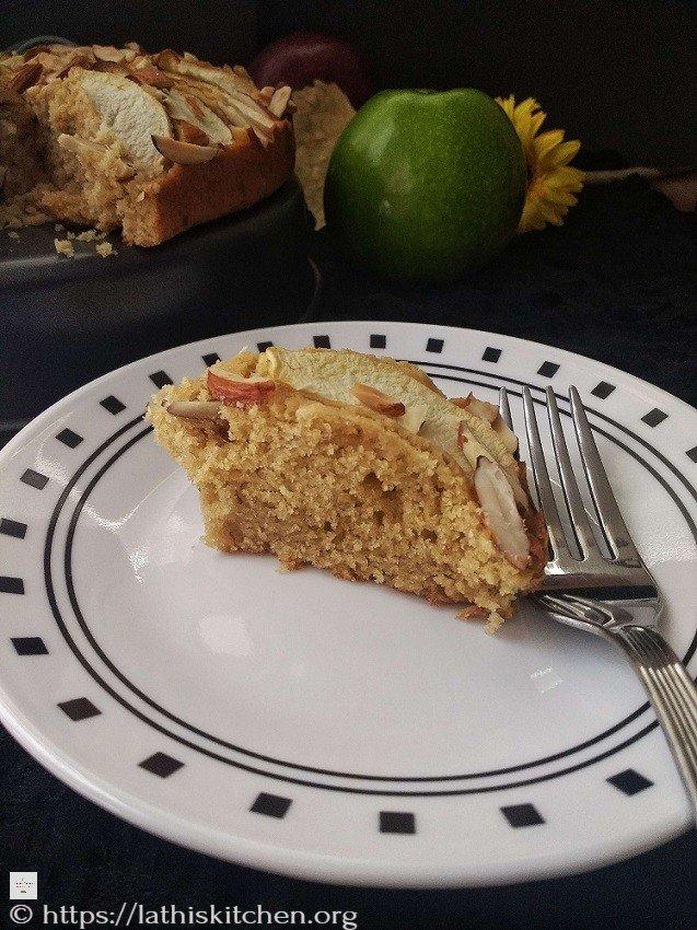 Whole Wheat Apple Almond Cake,Apple,Cake,Baking,Fall,Almonds,Snack,Dessert,Kids