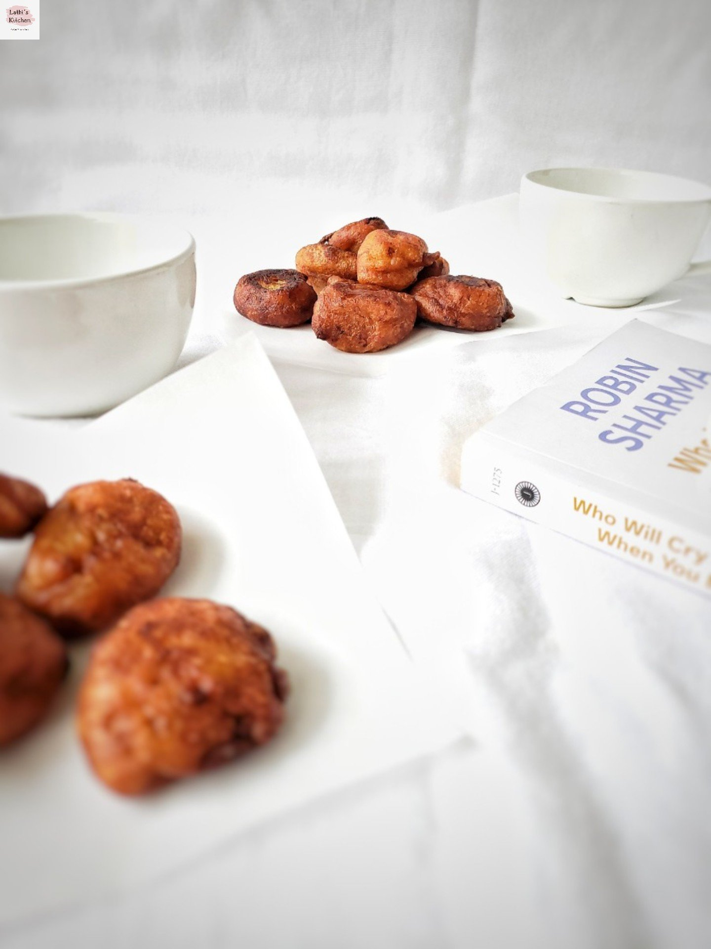 Banana fritters,fritters,whole wheat banana fritters,snack,easy snack,banana
