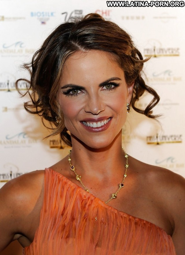 Natalie Morales Private Pictures Hot Milf Celebrity Latina Doll