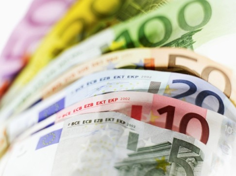 euro-banconote-denaro-soldi-latina-47652384