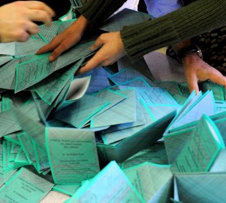 elezioni-voti-seggi-schede-latina-8edt652we
