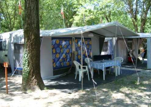 campeggio-generica-587525242345