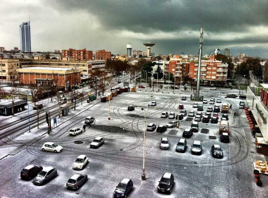 latina-neve-piazzale-obi-76948722