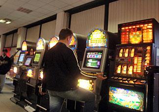slot-machine-fotogramma--324x230