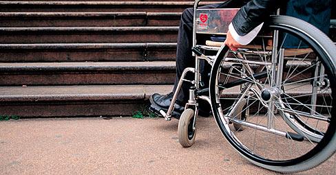 disabile-latina-barriera-architettonica-7687612