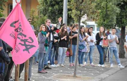 manifestazione-contro-mafia-latina-46523244