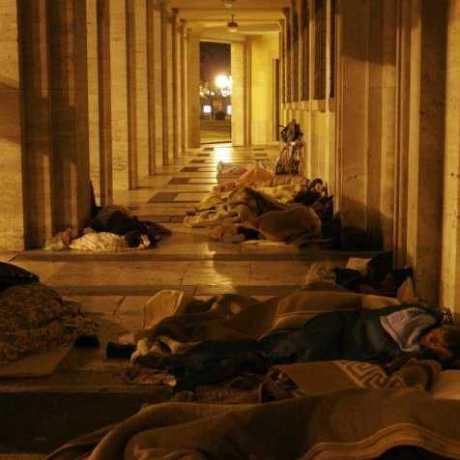 senzatetto-latina-comune-dormitorio-0022
