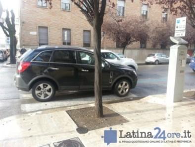 multa-morale-latina24ore-parcheggio-selvaggio-9