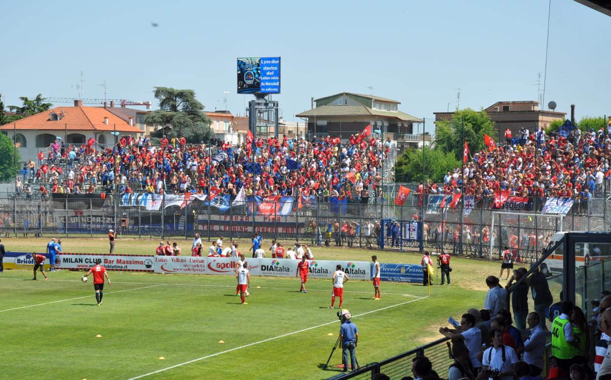 latina-calcio-serie-B-foto-marco-cusumano-489dgd65e6
