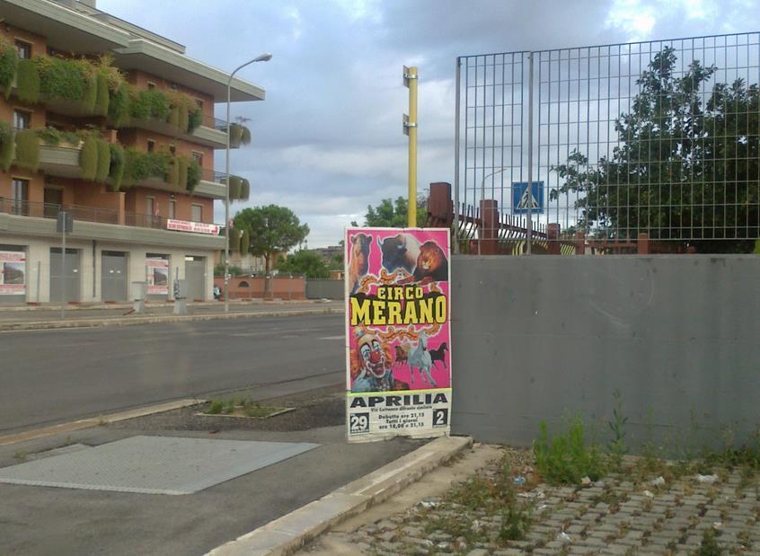 circo-manifesto-abusivo-aprilia-459221