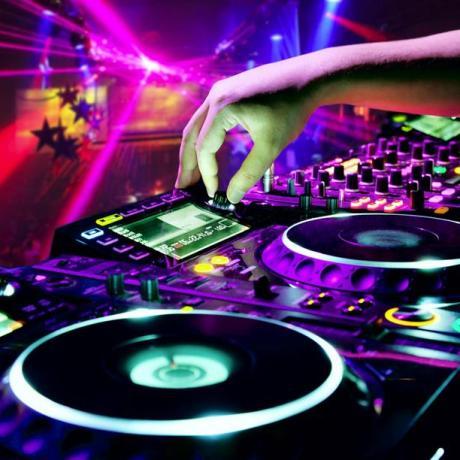 discoteca-dj-musica-latina-24ore-6771132