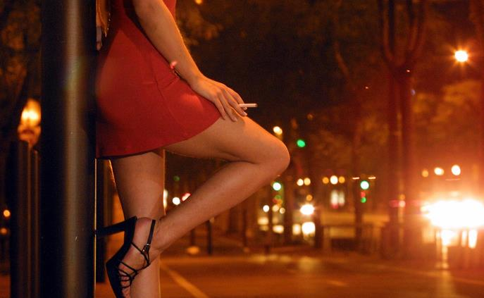 prostitute-latina-24ore-01