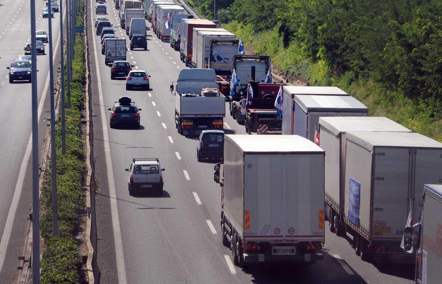 traffico-auto-code-latina-24ore
