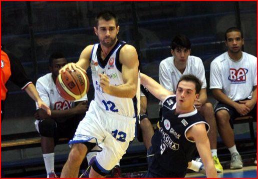basket latina