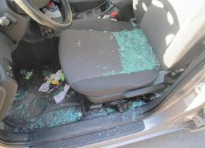 auto-vetri-rotti-furto-latina-24ore