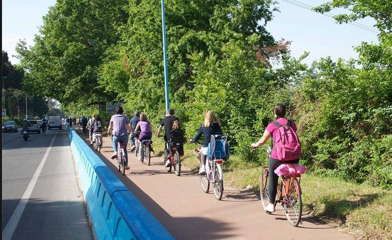 pista-ciclabile-latina-lido-biciclette