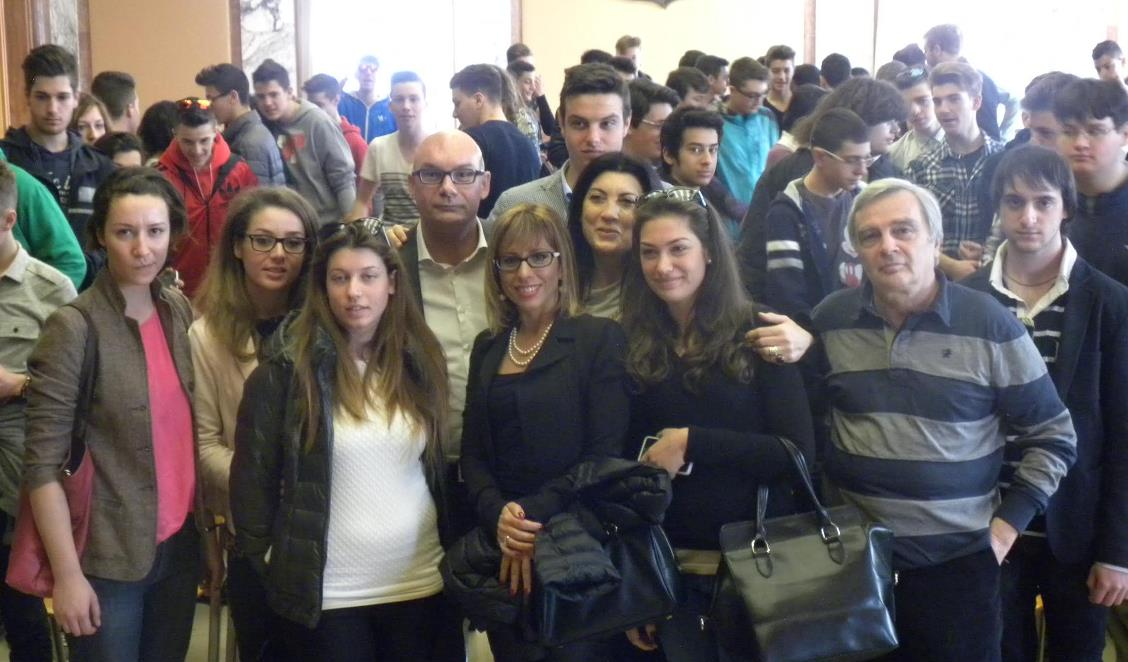 sindaco-studenti-einaudi-mattei-latina