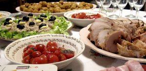 pranzo-cibo-tavolo
