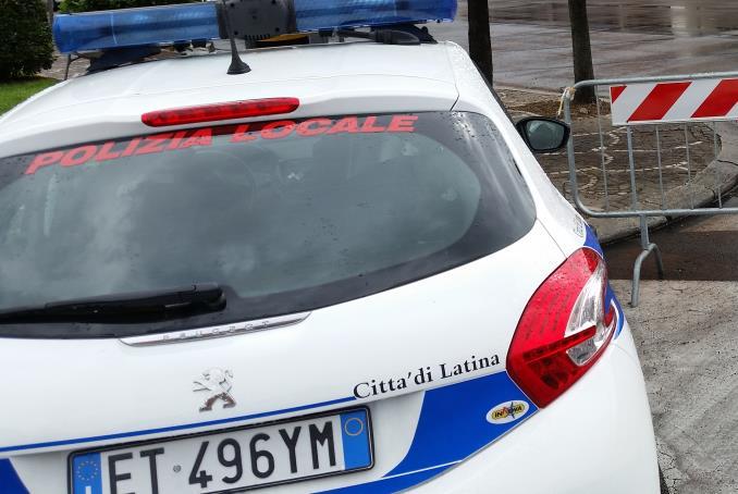 polizia-locale-vigili-urbani-latina-24ore
