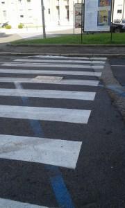 strisce-blu-piazza-buozzi-latina-3