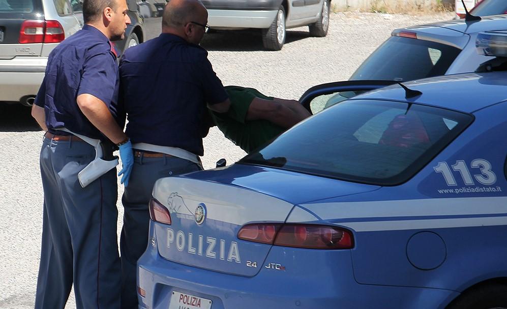 arresto-polizia-113-latina