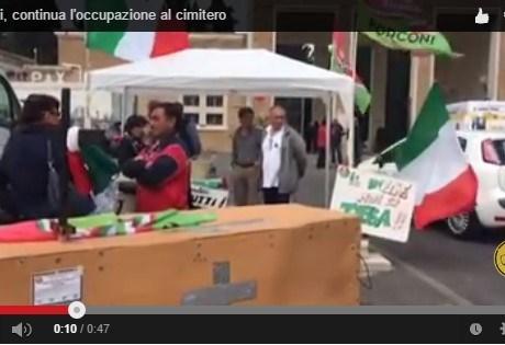 forconi-latina-protesta-tassa-morto-video