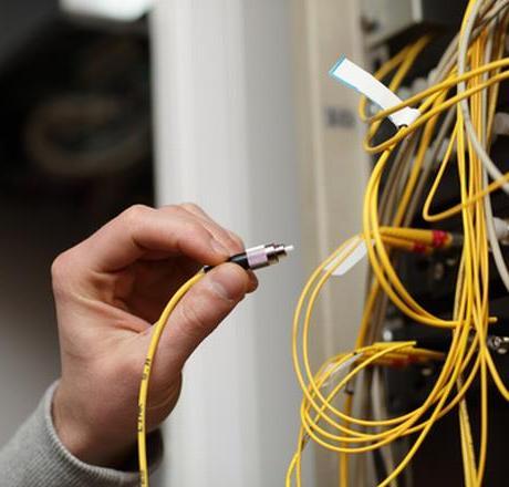 fibra-ottica-internet-latina-cavi