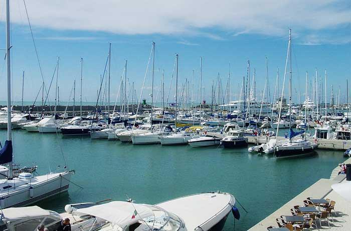 porto-turistico-ostia