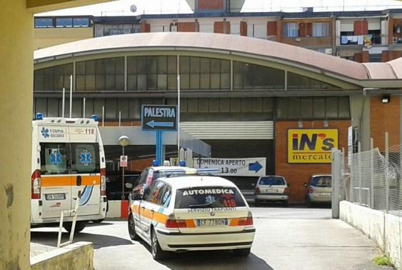 ambulanza-auto-medica-latina-palestra