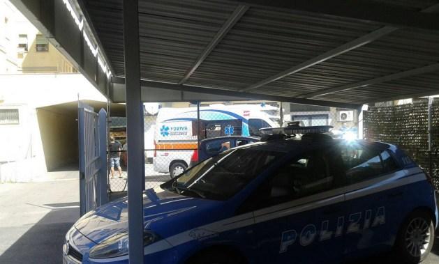 polizia-ambulanza-palestra-latina