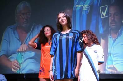 latina-calcio-presentazione-2015-2016-maglienuove