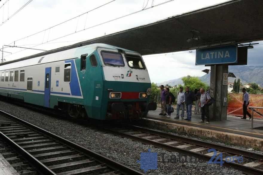 stazione-latina-scalo-treno