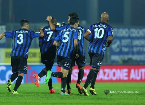 latina-calcio-gruppo-2015-54620