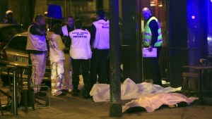 attacco-terroristi-parigi-13-11-2015