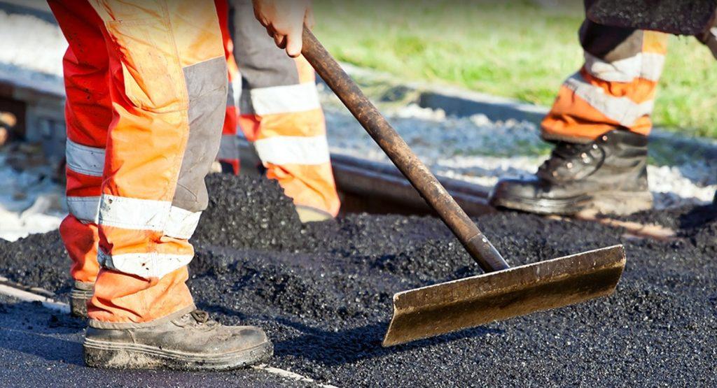 strada-lavori-asfalto-operai-latina