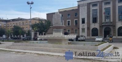 fontana-piazza-liberta-prefettura-latina-3