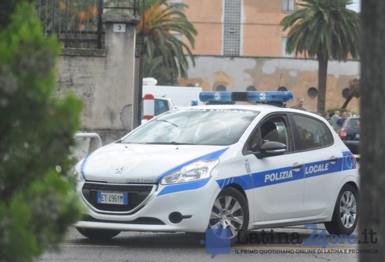 polizia-locale-latina-auto
