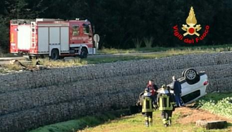 incidente-vigili-fuoco-latina-auto3
