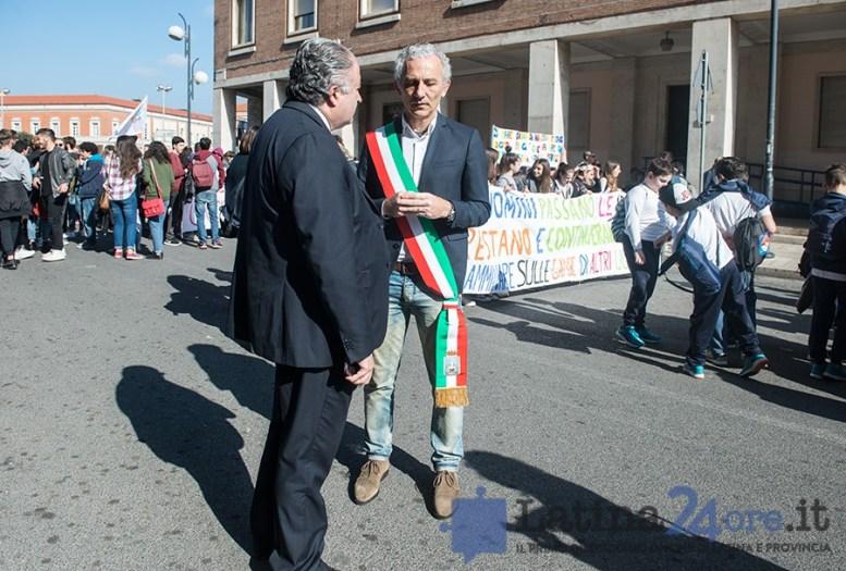 latina-corteo-sindaco
