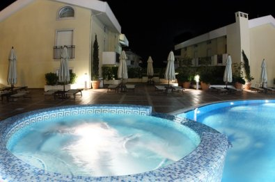 piscina-hotel-virgilio-2