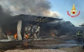 incendio-capannone-sabaudia