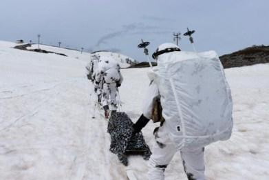 esercitazione-militari-neve-3