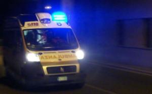 ambulanza_generica_ew8ft76f5w7645