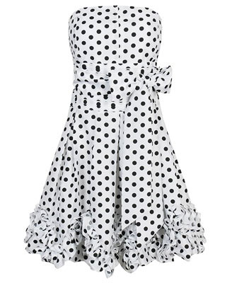 French superstitions, polka dot dress