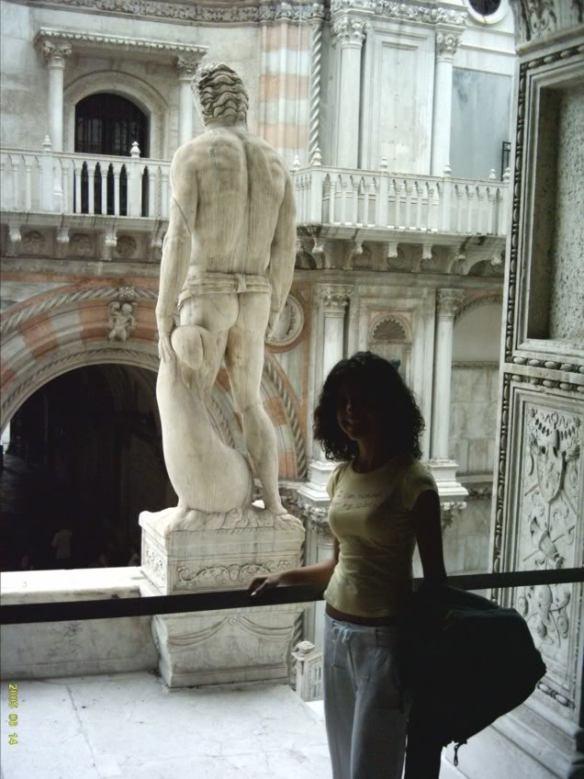 my trip to Venice, Palazzo Duccale statue