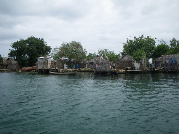 photo guess game, Caribbean village