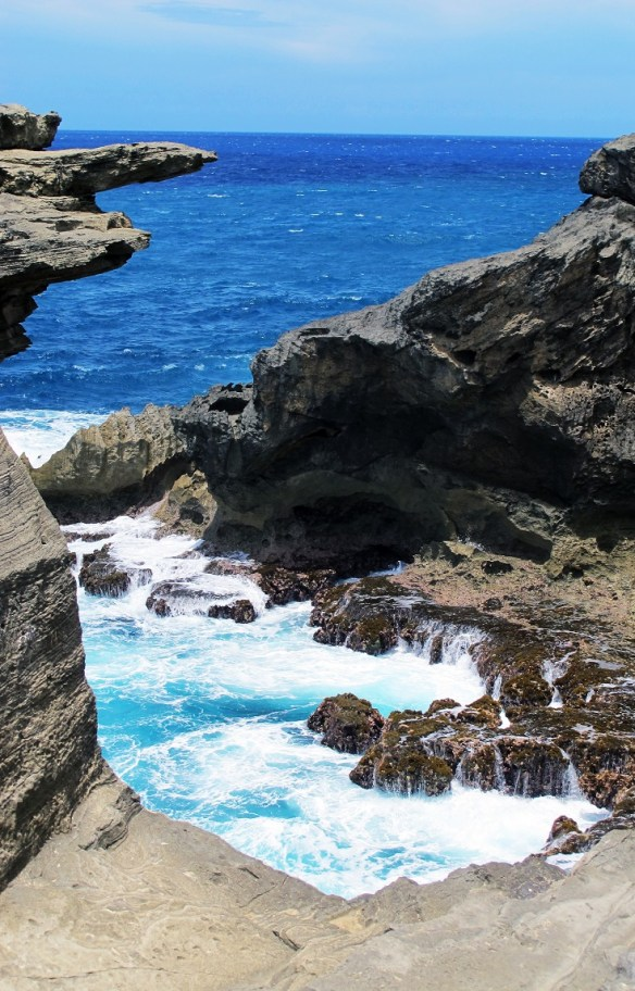 Cueva del Indio ocean cove, Arecibo