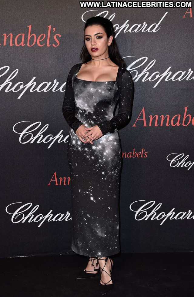 Charli Xcx Babe Beautiful Celebrity Sexy Singer Posing Hot Doll