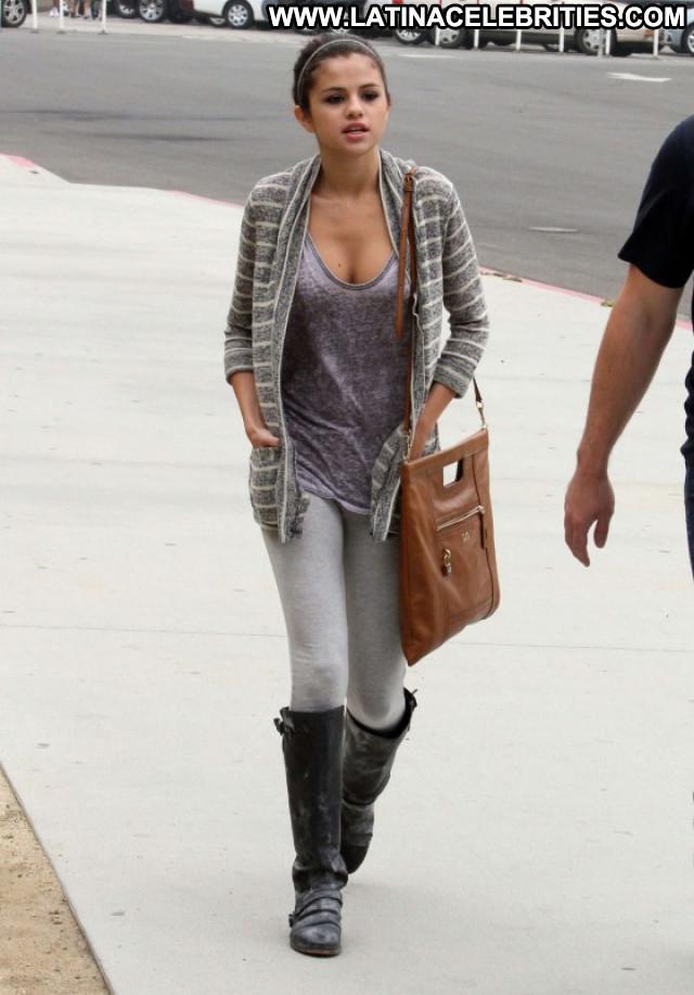 Selena Gomez Los Angeles Paparazzi Los Angeles Beautiful Cleavage